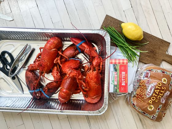 You Don't Have to Go to Maine for the Perfect Lobster Roll This Summer