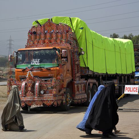 Pakistan Pays For Afghan War Cargo Amid Taliban Attacks