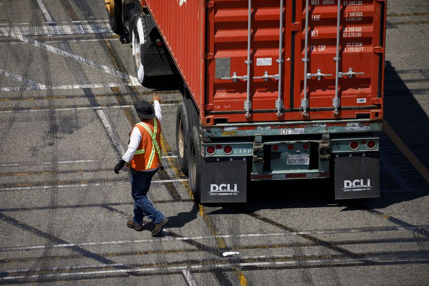 America's Busiest Port Gets Ready For Robots In Middle Of Trade War