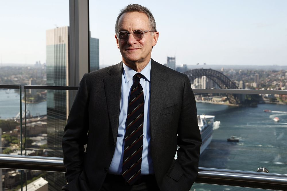 Howard Marks Says Investors Should Try to Catch Falling Knives