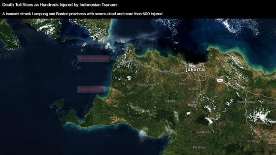 Indonesian Tsunami Death Toll Soars as Rescuers Continue Search