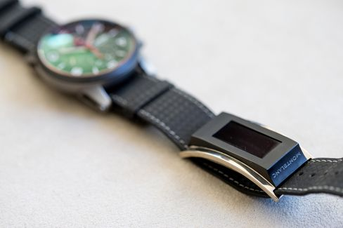 """Montblanc's $390 """"e-Strap"""" accompanies its TimeWalker watches, which sell for $3,700 to $5,800. Photographer: Philipp Schmidli/Bloomberg"""