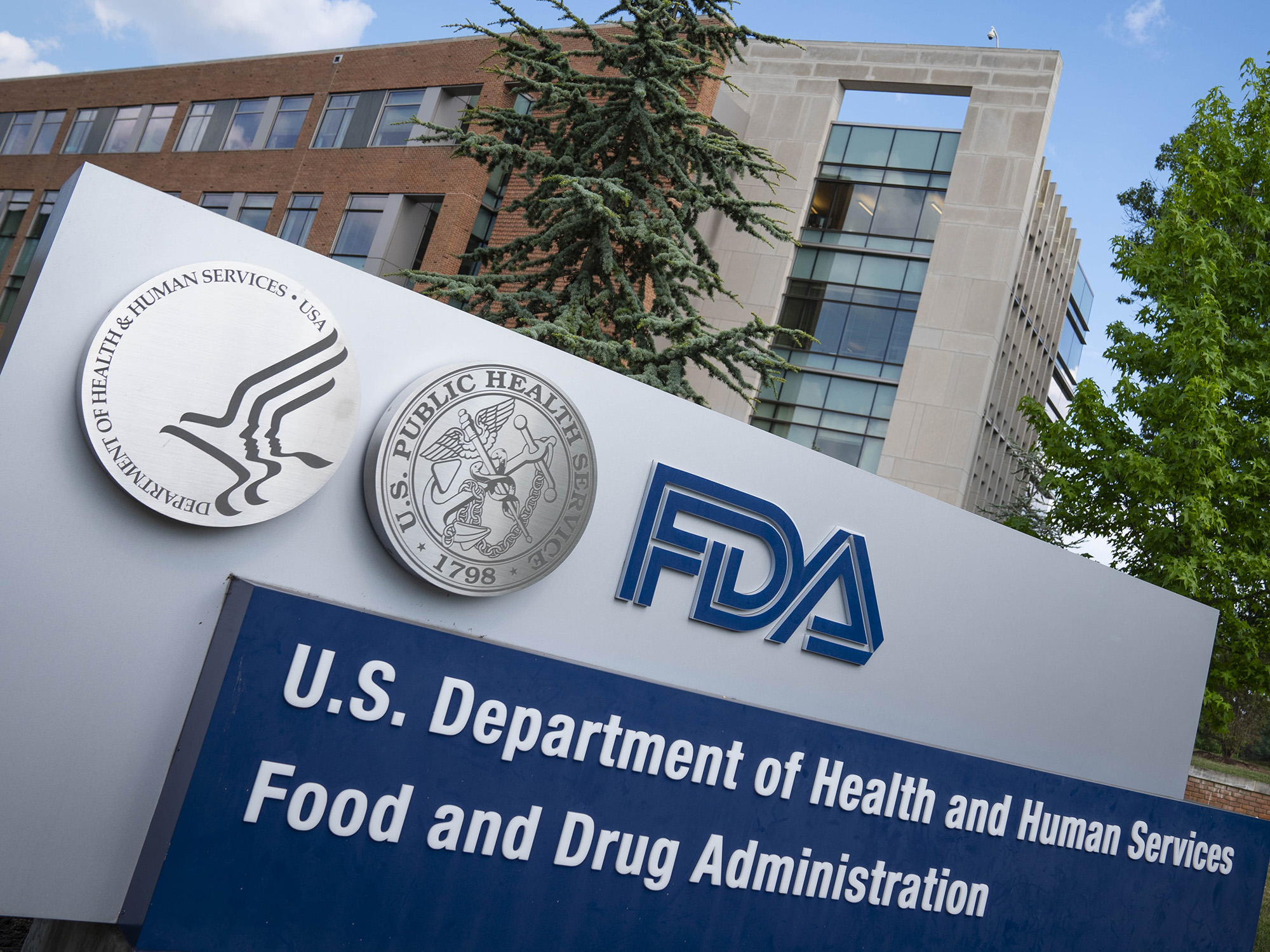 Will A Vaccine Be Politicized Fda Sets Up Safeguards Bloomberg