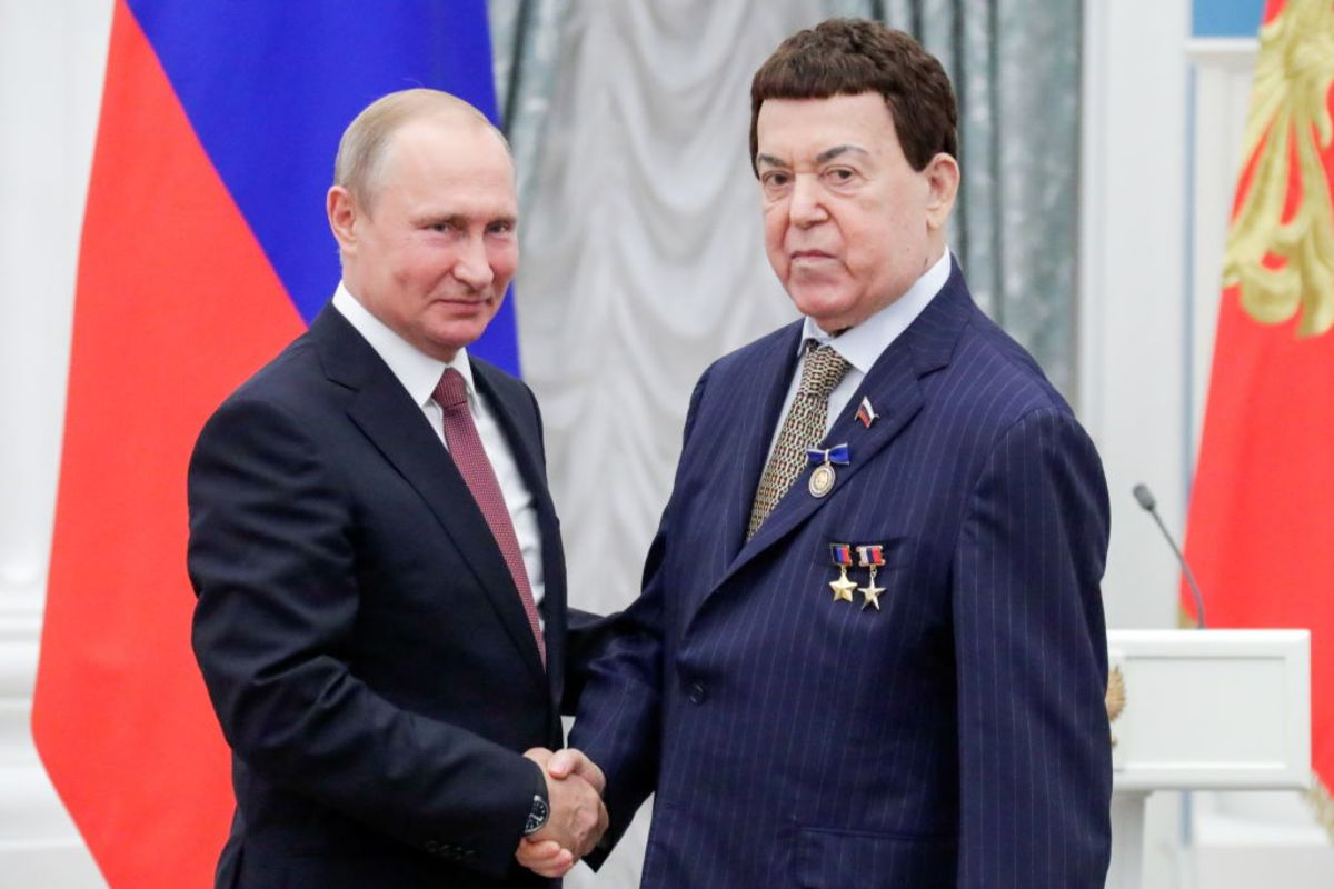 Vladimir Putin helped Kobzon with treatment in the European Union 28.08.2015
