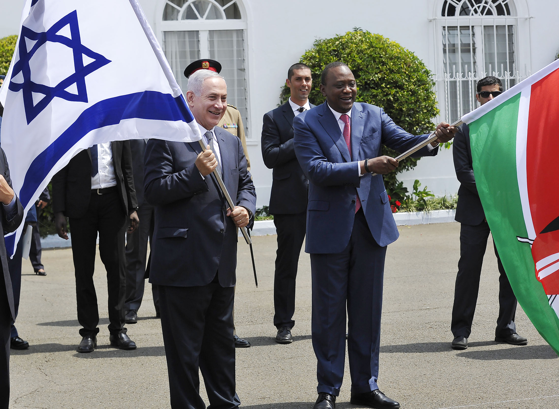 Out of Africa, Netanyahu Says He'll Expedite Business Deals