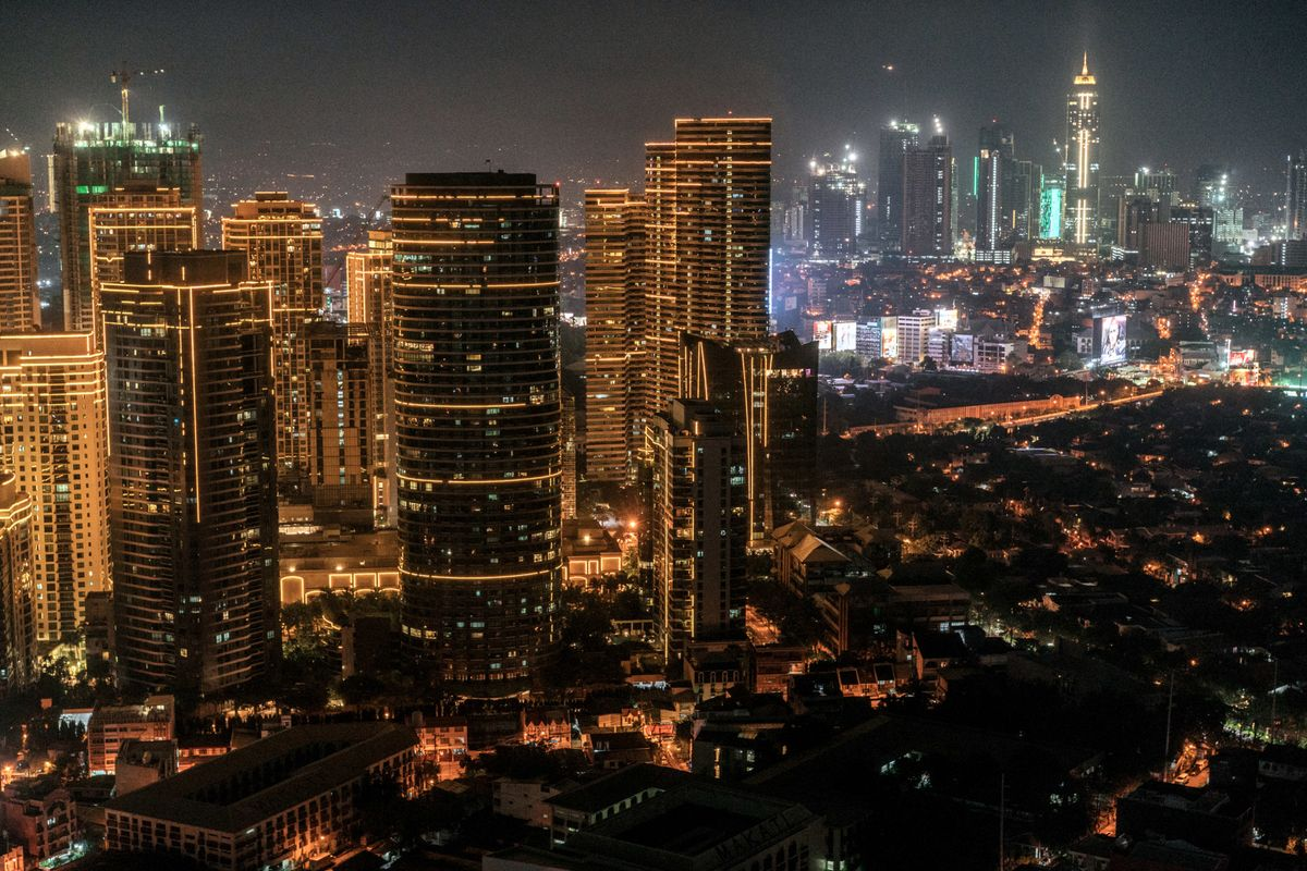 Philippine Business District Halts New Online Casino Permits