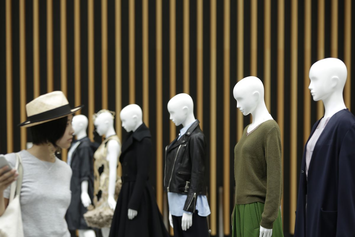 Top Japan Fashion Site Bets Big on Private Brand, Body Scanning