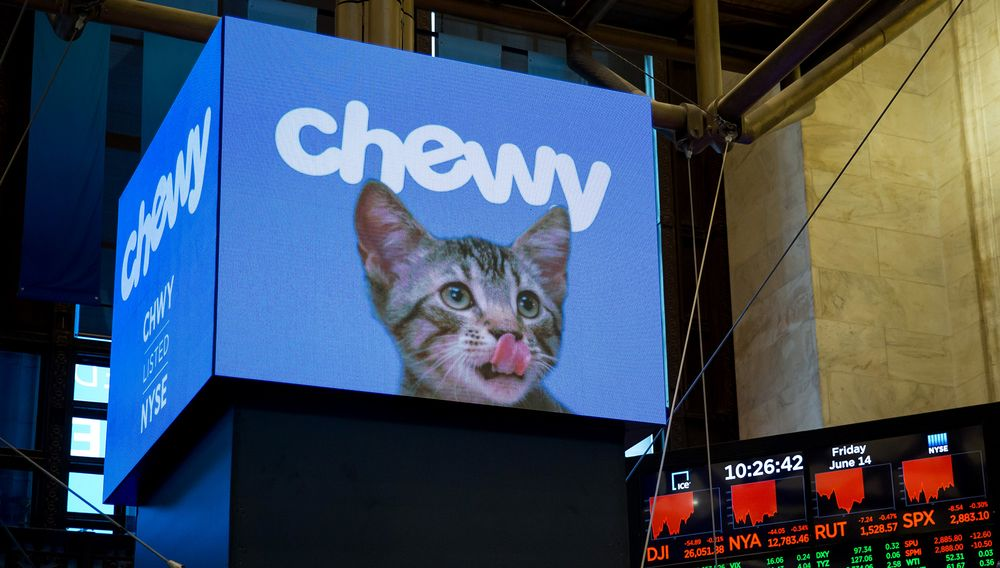 Chewy Builds on Post-IPO Jump With Optimistic Sales Forecasts