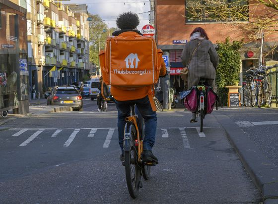 Uber Eats Rival Born in Dorm Room Creates Dutch Billionaire