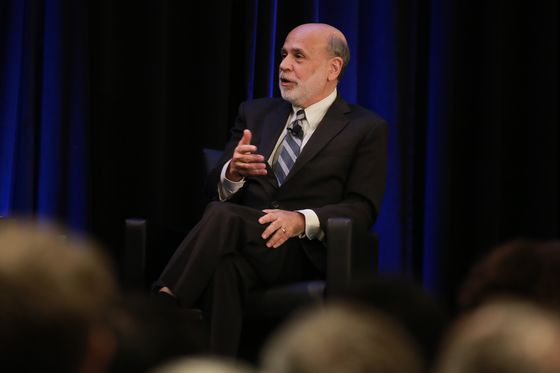 Bernanke Plays Down Stocks Selloff, Dismisses Crisis Comparison