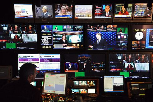 Hungry for Ads, HLN Tries to Be Cable TV's Social Media Factory