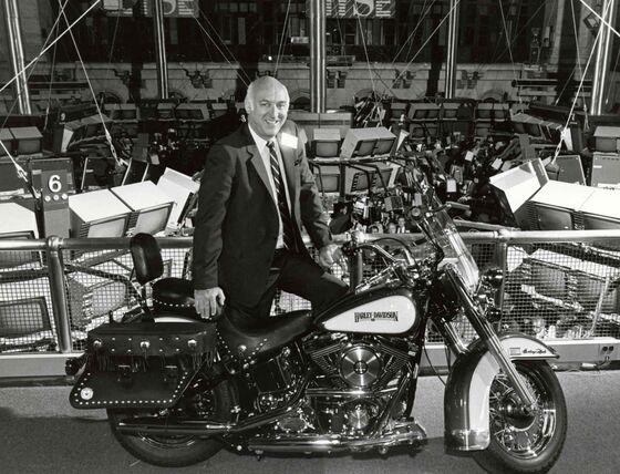 Vaughn Beals, Harley-Davidson's Turnaround Chief, Dies at 90