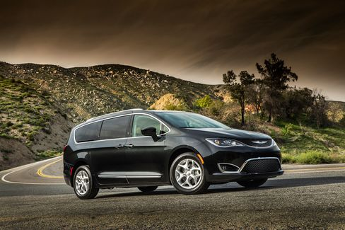 With hidden door tracks, an athletic stance and a stiffer suspension, the Chrysler Pacifica is winning over SUV fans.