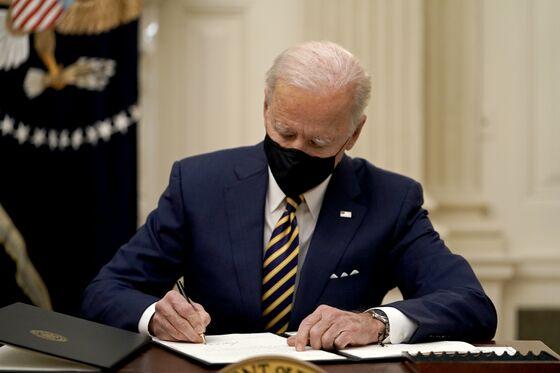 Biden Seeks to Juice Economy as Congress Spars Over Stimulus
