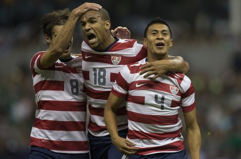 U.S. Men's Soccer Team Gets Its First Win in Mexico in 75 Years