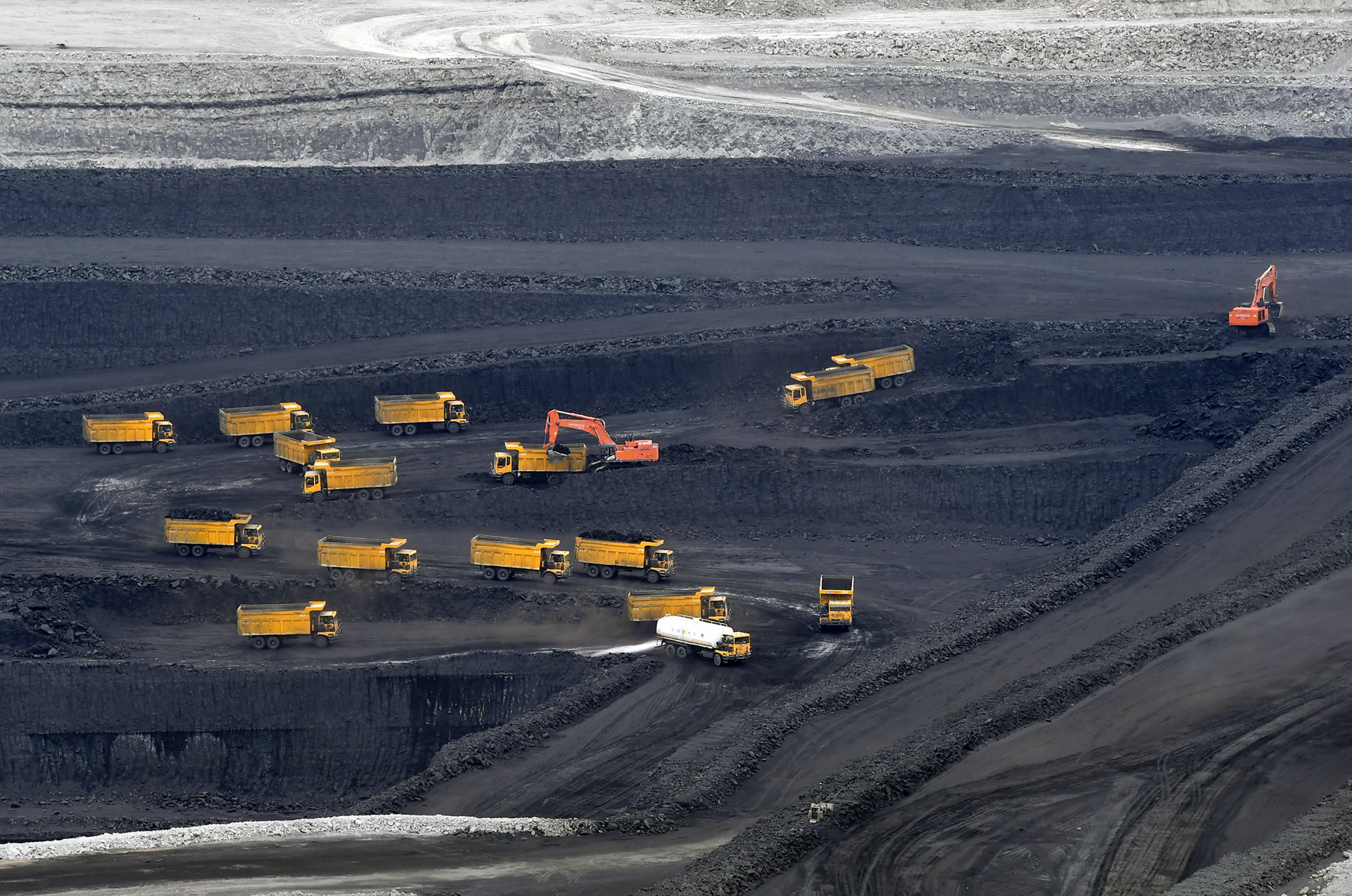 bloomberg.com - China's Far From Done With Coal as Regulator Eases New Plant Ban