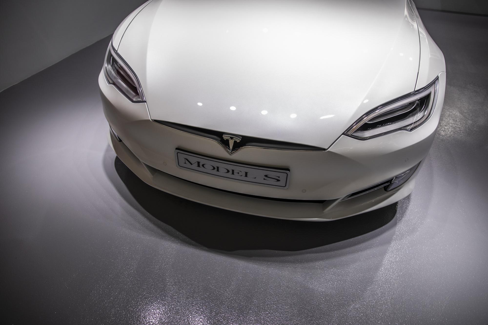 Tesla Advances China Push With 2019 Shanghai Production Goal Bloomberg
