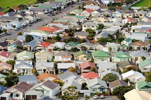 RBNZ Tightens Lending Rules to Counter House Price Increases