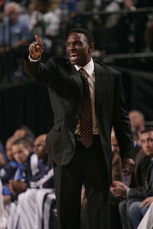 Avery Johnson Reaches Agreement to Coach NBA's Nets