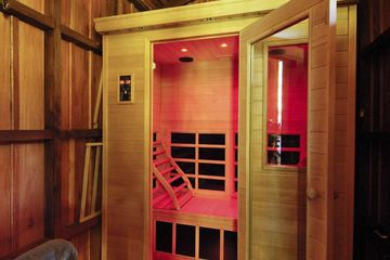 What You Need to Know About So-Hot-Right-Now Infrared Spa