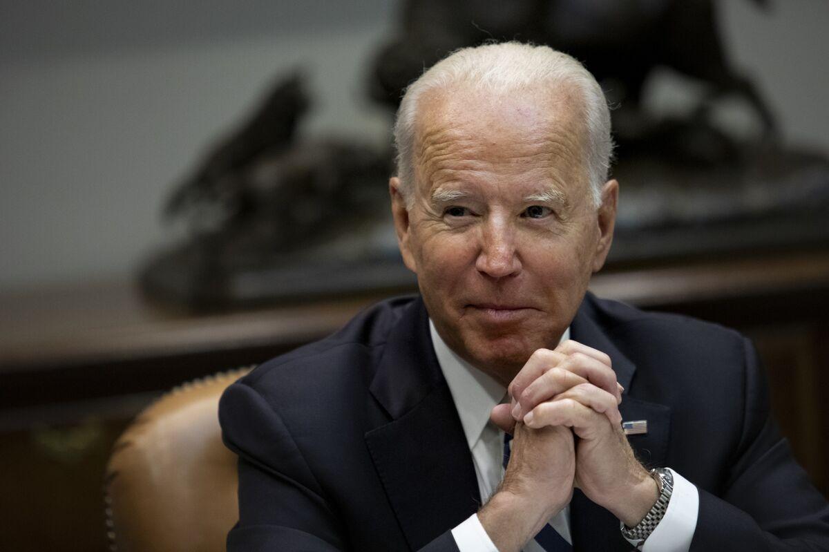 Biden, Xi to Address APEC Leaders at Special Summit on Virus