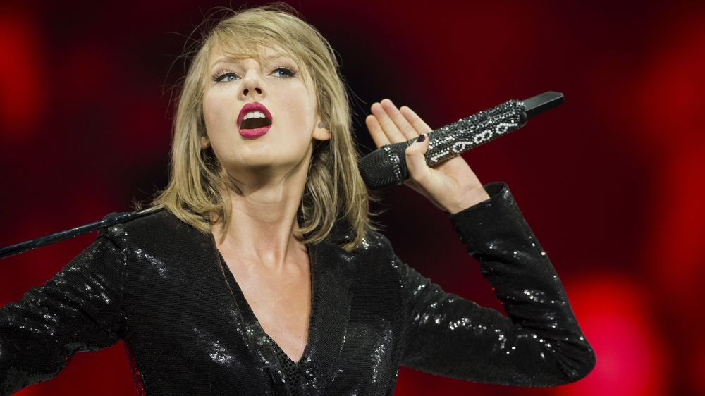 Here S How Taylor Swift S Songs Could End Up Back On Spotify Bloomberg
