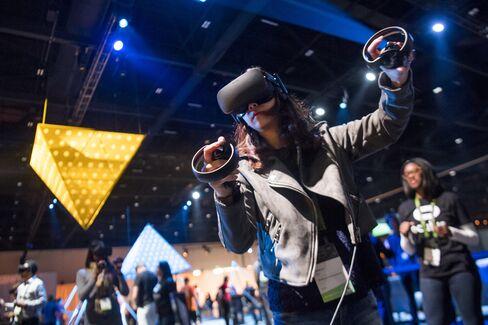 Facebook Touts $199 Oculus Go VR Headset in Mainstream Push