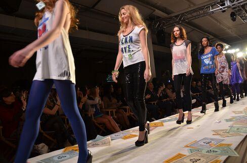 Fashion Week Scene