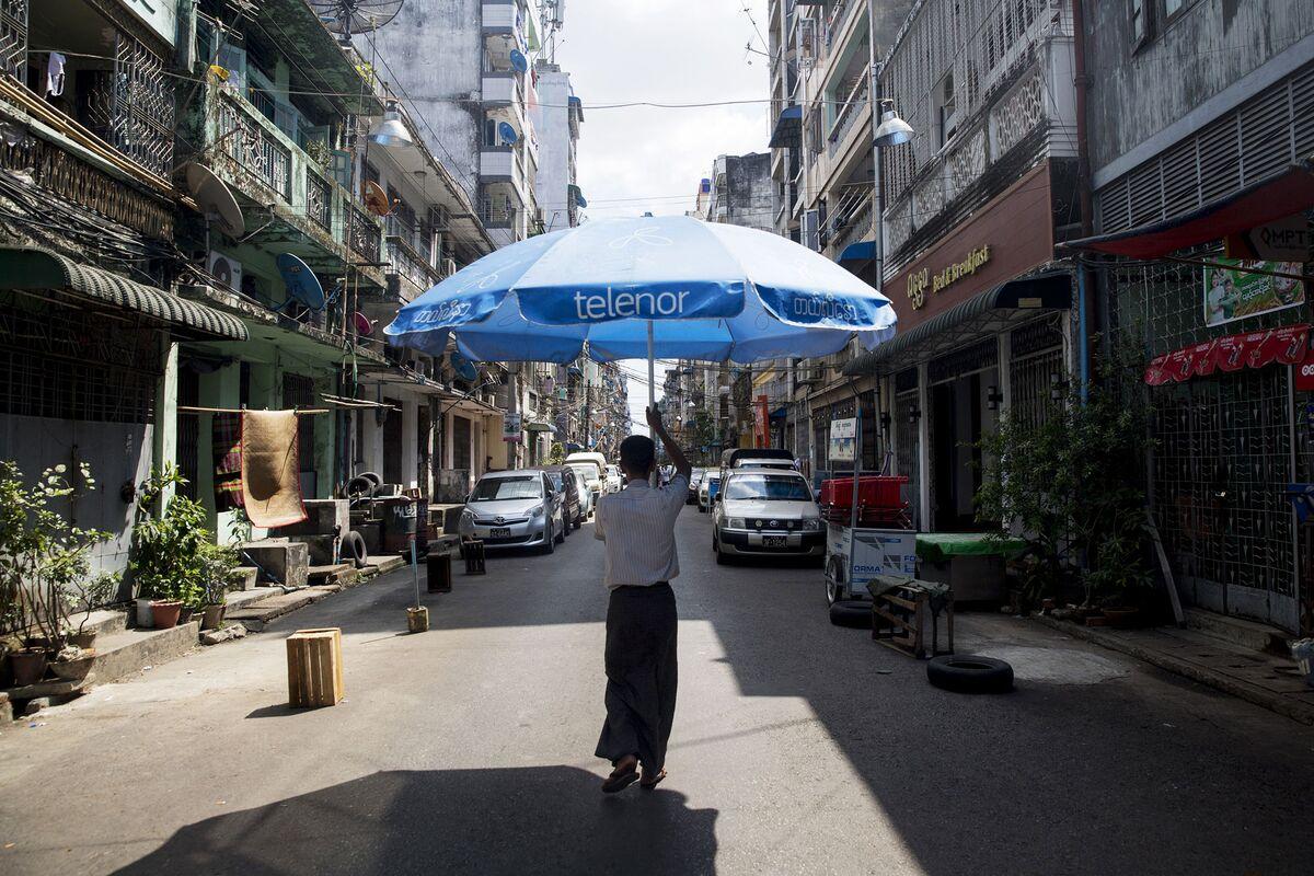 The Unprecedented Explosion of Smartphones in Myanmar - Bloomberg