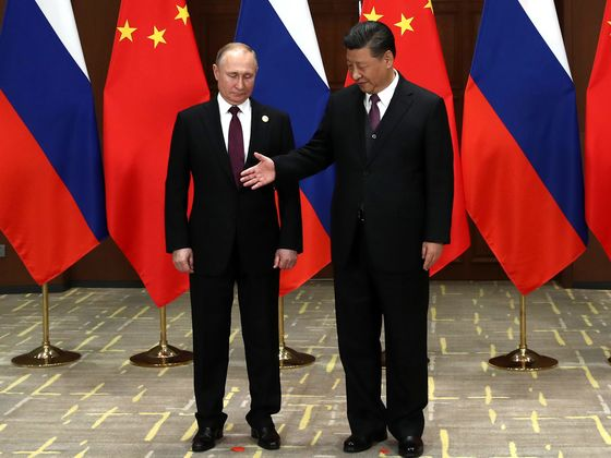 Putin Rides to Xi's Rescue on Battered Silk Road as West Stews