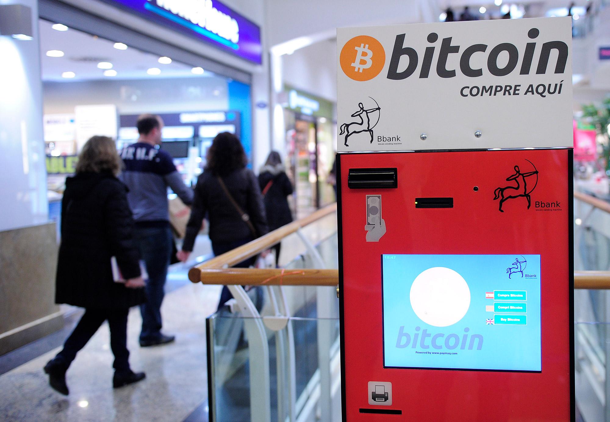 Cum a apărut Bitcoin, cum funcționează și cum poți cumpăra moneda în România | Romania Libera