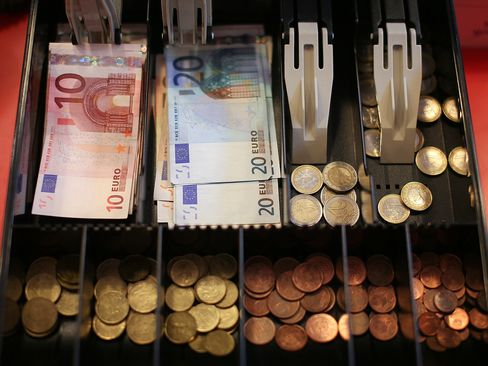 A European Central Bank study in 2012 estimated the social cost of private cash transactions at 2.3 cents for every euro, suggesting a tolerance for even lower negative rates.