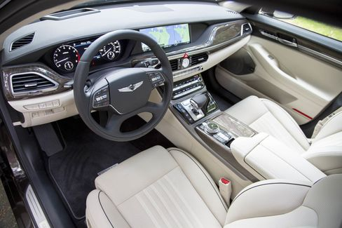 The controls and touchscreen are well-designed and convenient.