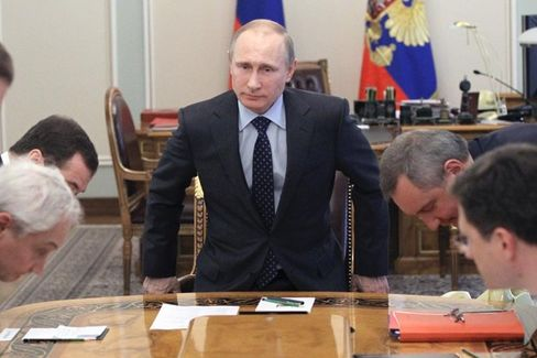 Putin Could Stop Selling Gas to Ukraine. Here's Why He Won't