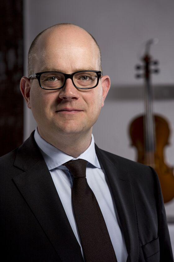 Vintage Violins'8% Gain Fuels Returns for Ex-Banker's Clients