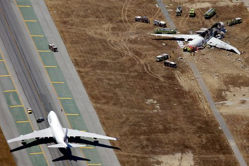 Why That Crashed Asiana Plane Is Still on the Runway