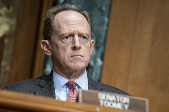 Toomey Says New Bill Won't Curb Fed's Emergency Lending Powers