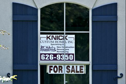 For-Sale Homes Decline in a Sign of U.S. Housing Market Bottom