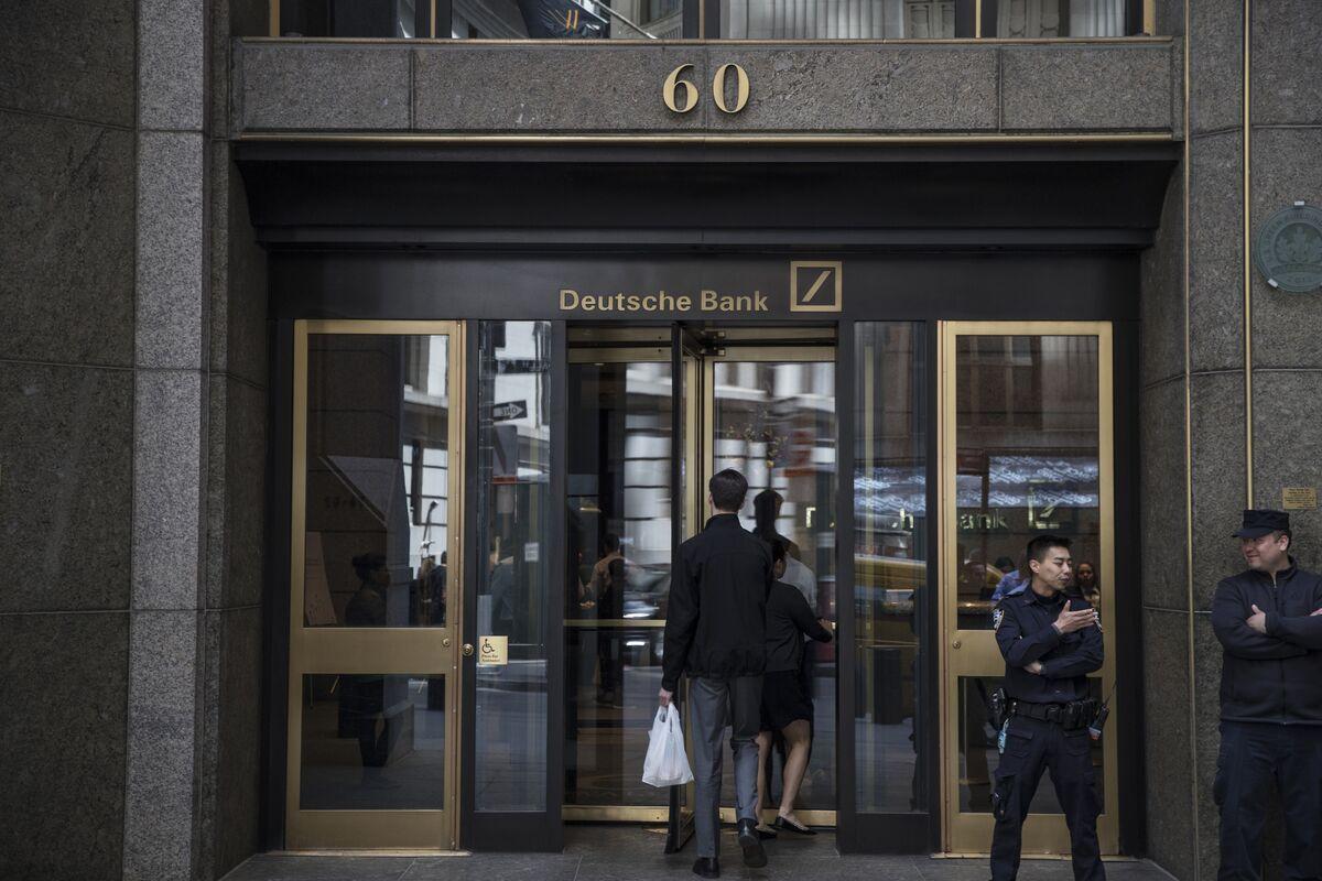 Empty Desks and Early Beers: Life at Deutsche Bank in New York