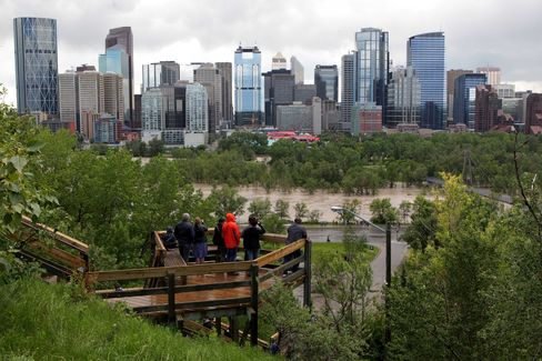 Calgary to Begin Flood Cleanup as Downtown to Remain Closed