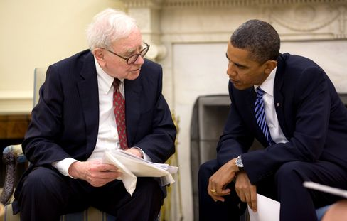 President Barack Obama Talks to Warren Buffett About Economy