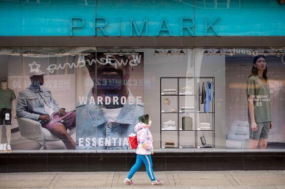 U.K. Retailers Face Christmas Nightmare With Fresh Lockdown