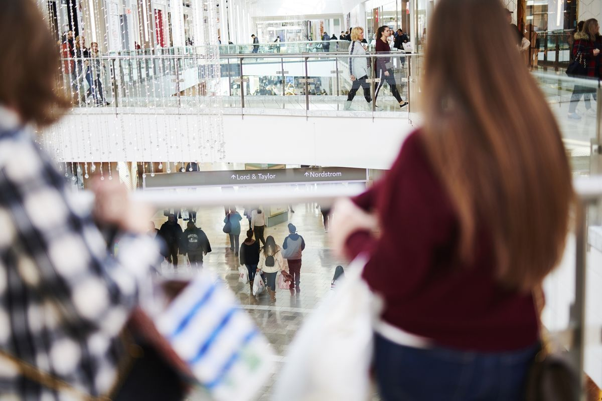 U.S. Consumer Sentiment Hits Seven-Month High Amid Stocks Cheer