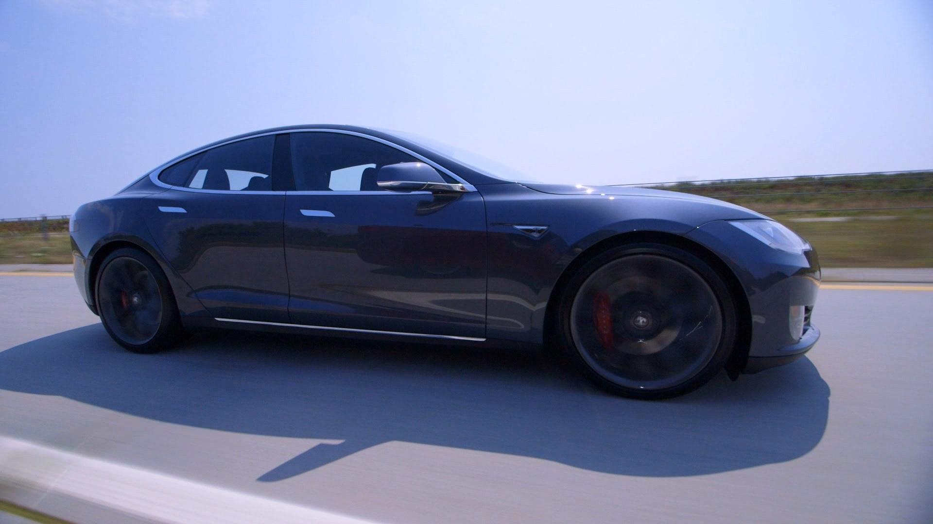 Tesla Model S P90D >> Tesla Model S P90d Video Review Almost Perfect
