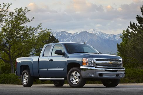 Obama's Bet on GM Hangs on New Pickup Boosting Share Price