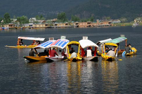 Kashmir Lures Record Visitors as Insurgency Hotspot Regains Calm