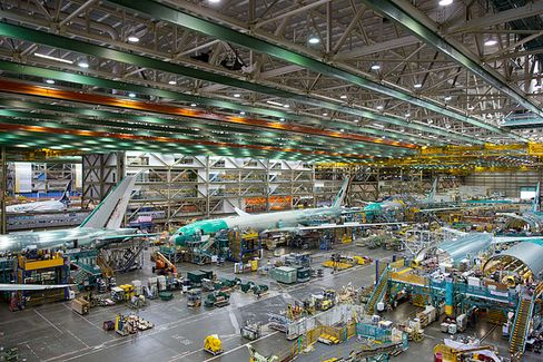 With Epic Backlogs at Boeing and Airbus, Can Business Be Too Good?