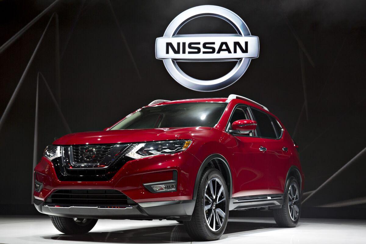 U.S. Probes Nissan's Top Model on Sudden Unintended Braking