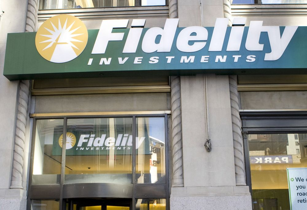 Fidelity's No-Fee Funds Unleash the Power of Free - Bloomberg