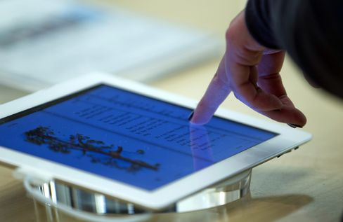 Apple, E-Book Publishers Probed by European Union Regulators